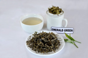 02_Emerald-Green